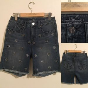DIANE GILMAN STUDDED STRETCH BERMUDA SHORT Sz 6